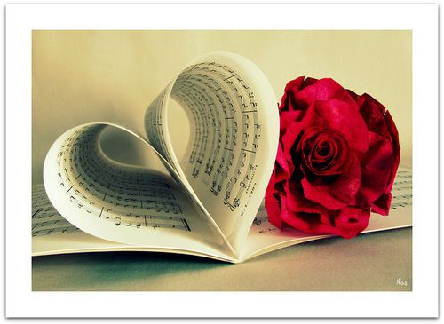 Flower-heart-love-music-notes-pretty-Favim.com-63923_large